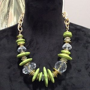 New Beautiful Green&Gold Beaded Cluster Necklace